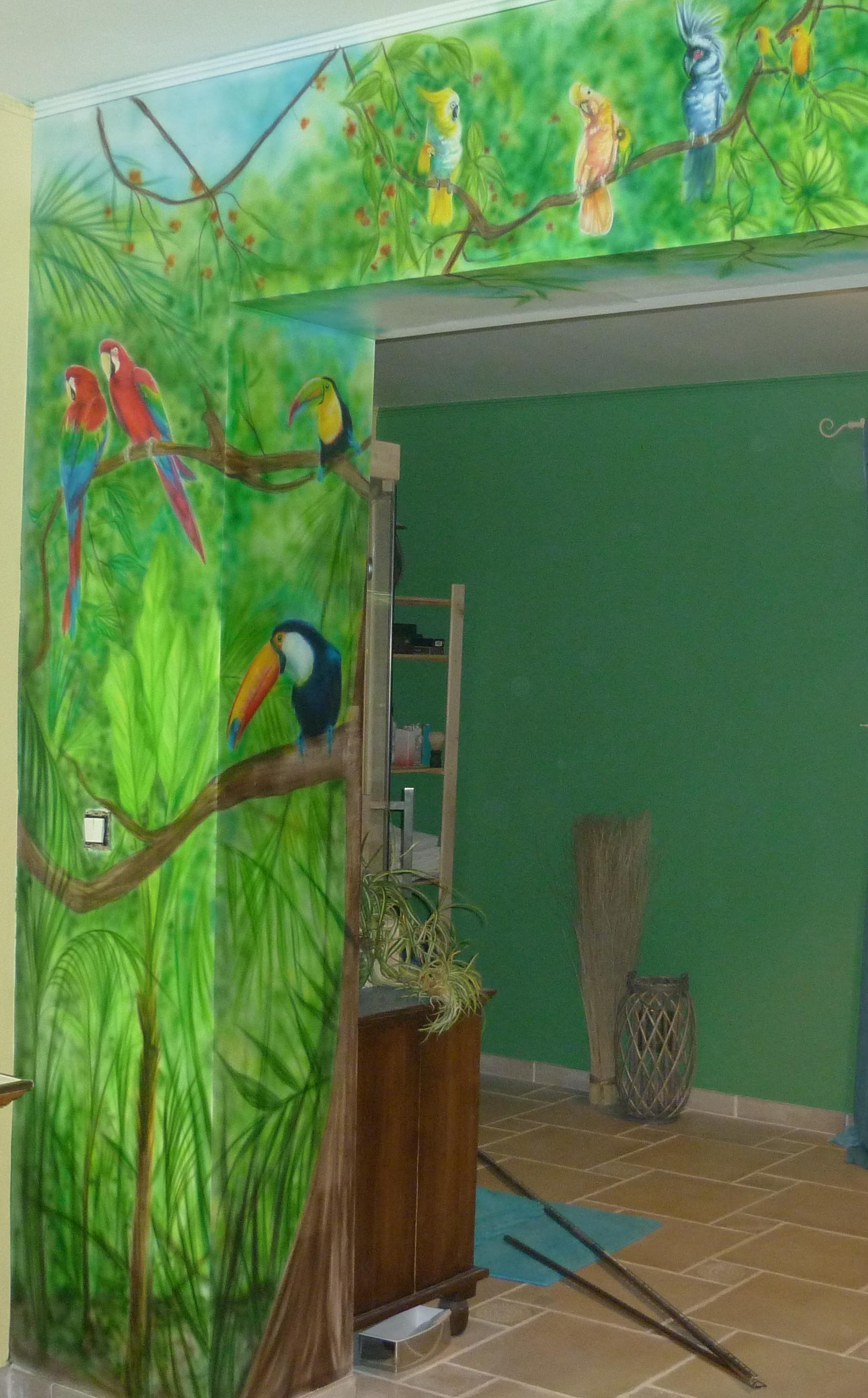 décor mural dans une salle de bain